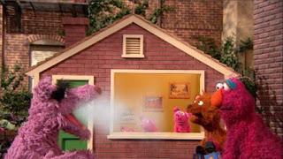 Telly, Baby Bear, Three Little Pigs, Big Bad Wolf, Sesame Street Episode 4320 Fairy Tale Science Fair season 43