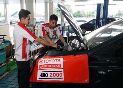 service mobil di auto 2000