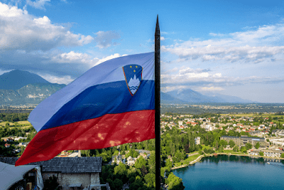 Slovenian%2BFlag min