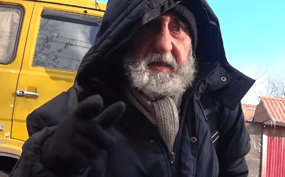 Он опубликовал более 100 патентов во времена СССР, но в старости оказался никому не нужен и сейчас является бездомным