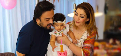 adnan_sami_daughter_first_birthday_lead1