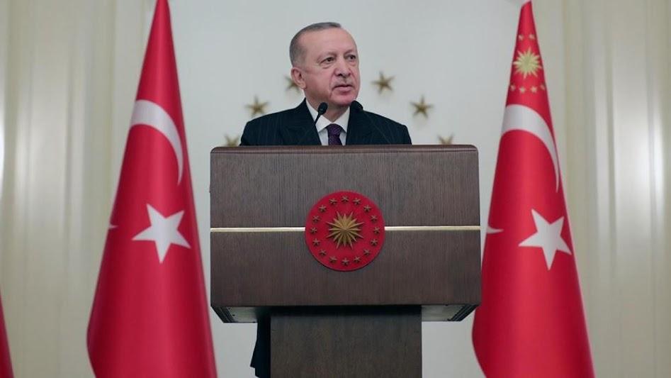 """Ο Ερντογάν θέλει να αλλάξει το Σύνταγμα, επειδή τον... """"στενεύει"""""""