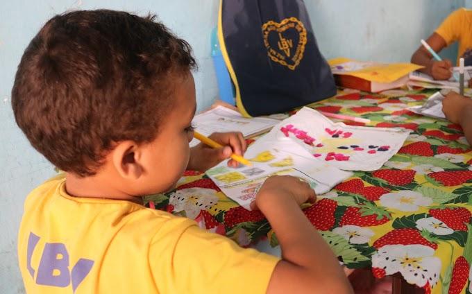 Pais e responsáveis precisam reinventar-se para promover a afetividade e entreter o público infantojuvenil durante a pandemia