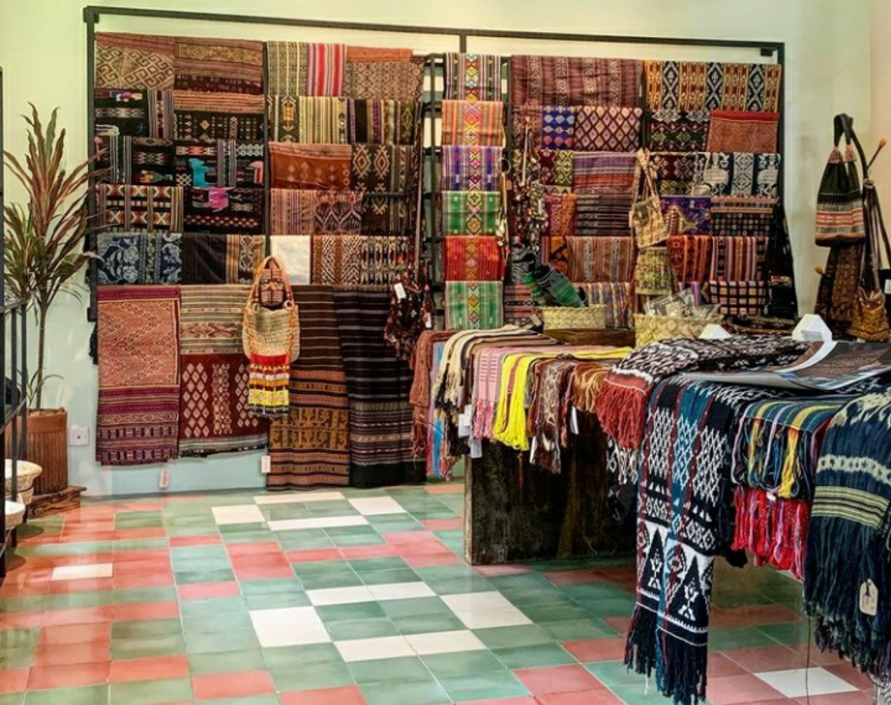 jenis atau macam kain tenun khas nusa tenggara timur NTT