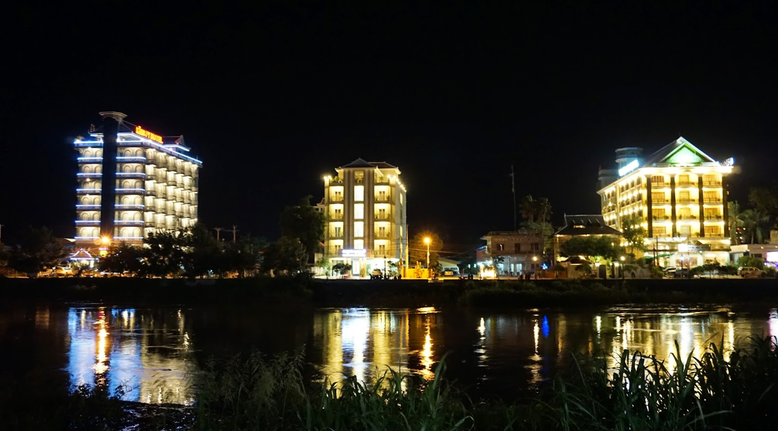 Battambang at night
