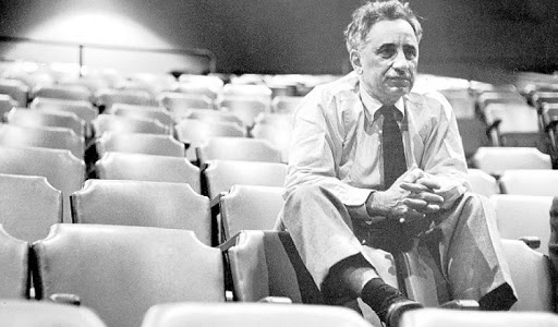 Ελία Καζάν ήταν Έλληνας σκηνοθέτης του θεάτρου και του κινηματογράφου με καριέρα στις Ηνωμένες Πολιτείες Αμερικής