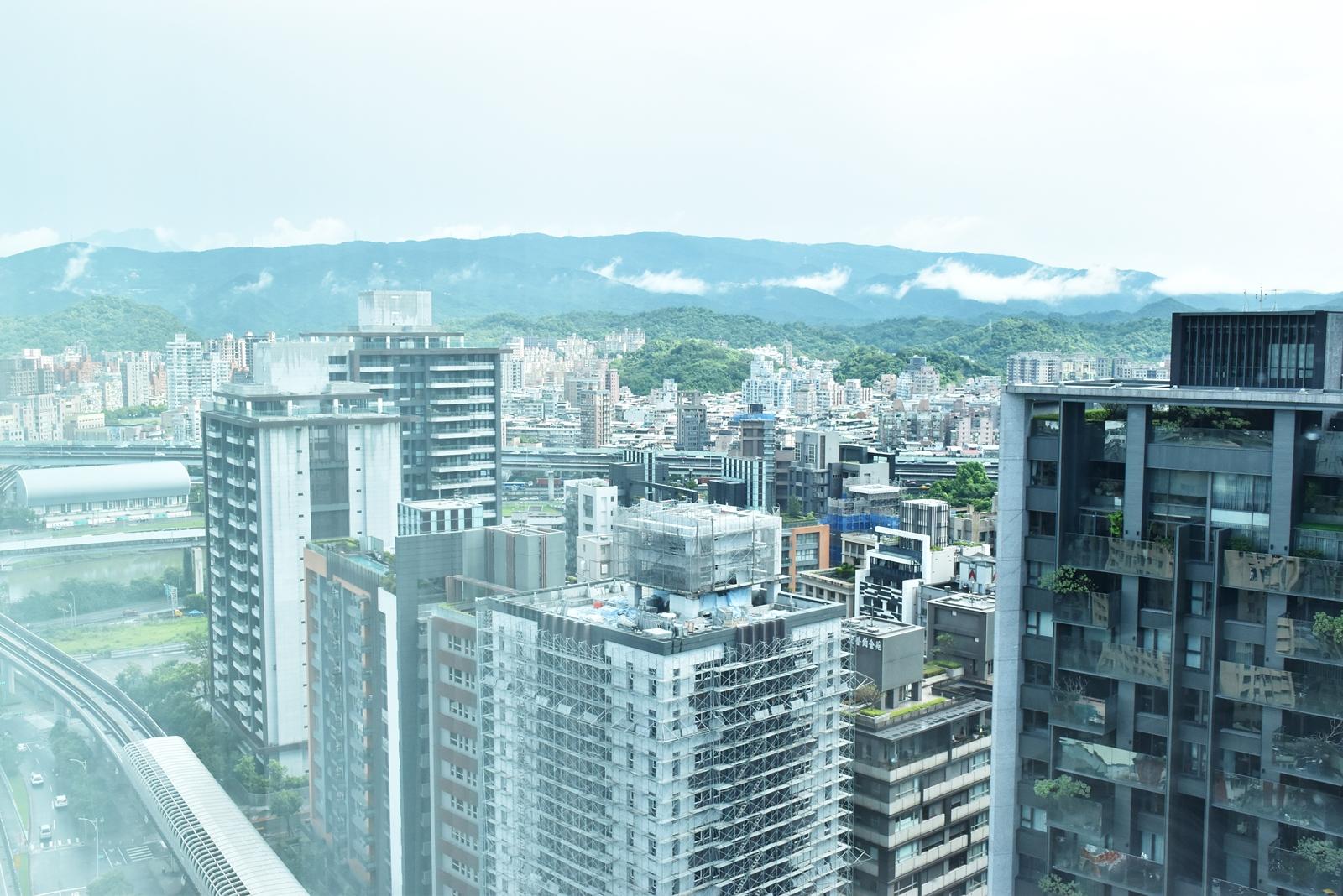 [臺北住宿] 南港老爺行旅 The Place Taipei:輕旅時尚品味住宿 | 《早餐女皇之蔬食日常》