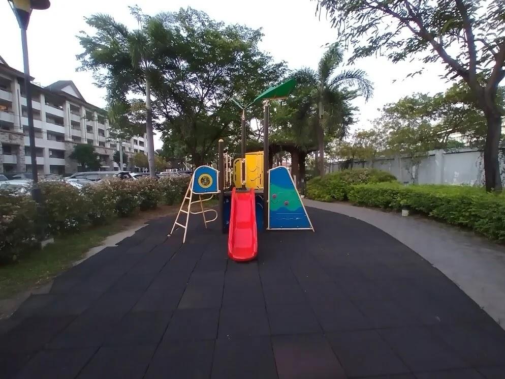 Nokia 3.4 Camera Sample - Playground, Ultrawide