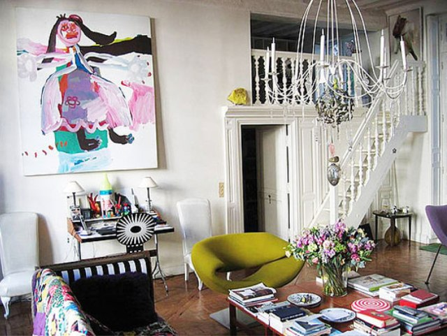 This Is Lacroix S 17th Century Apartment In Paris Le Marais Neighborhood Bright Colors Eclectic Art And Funky Furnishings Create A E
