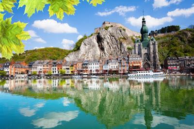 Dinant Belgia