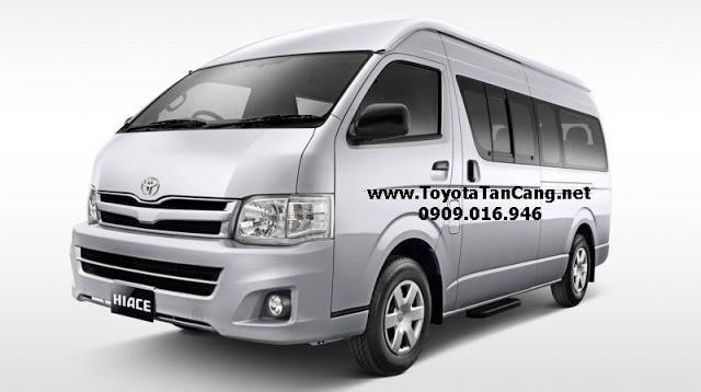 Nissan NV350 Urvan và Toyota Hiace 2015
