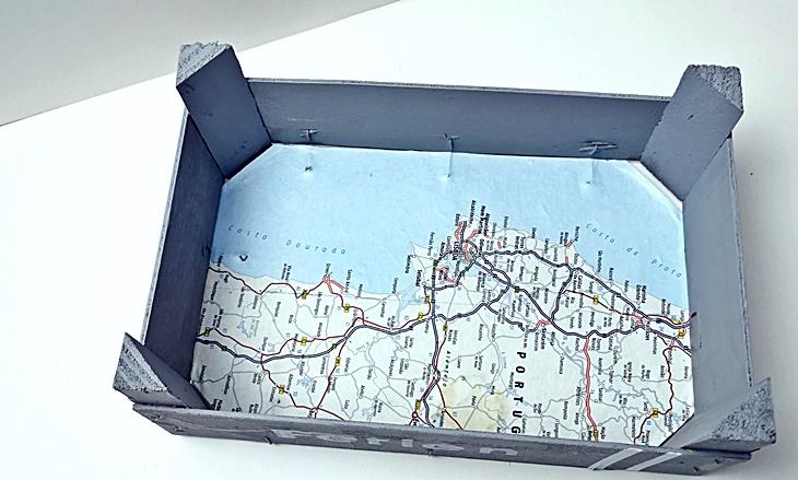 Obstkistentablett mit Landkarte DIY Upcycling vonKarin