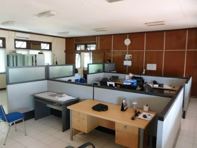 Partisi Kantor Setengah Badan urniture Semarang