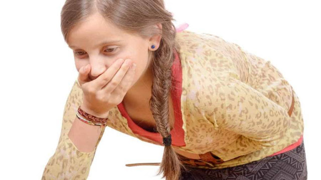 اعراض النزلة المعوية وأسبابها وطرق العلاج وكيفية الوقاية ووصفات طبيعية للعلاج