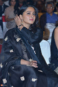 Anushka at Om Namo Venkatesaya AL-thumbnail-1