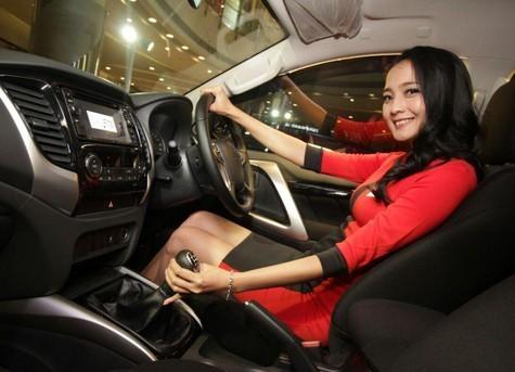 Wanita Sering Emosi saat Menyetir