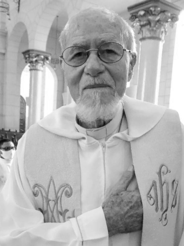 O falecimento do padre que ocorreu na noite do último domingo, dia 18 de abril, deixou a nação católica em luto e pesar, o padre que partiu sem ao menos se despedir,