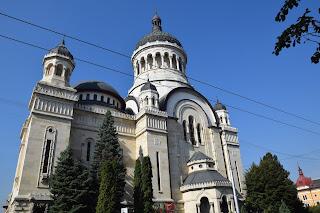 Parastas pentru profesorii si absolventii Facultatii de Litere, Generatia 1966, trecuti la cele vesnice. Catedrala Mitropolitana Cluj-Napoca
