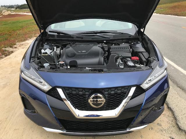 Engine in 2019 Nissan Maxima SL