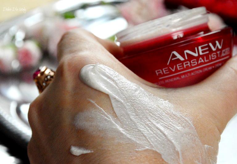 Avon Anew Reversalist - Kompleksowa Kuracja Upiększająca na dzień SPF 20