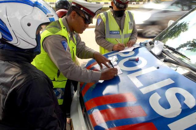 Listyo Sigit Hapus Tilang di Jalan, Motor Bodong dan Tidak Ada SIM Bagaimana?