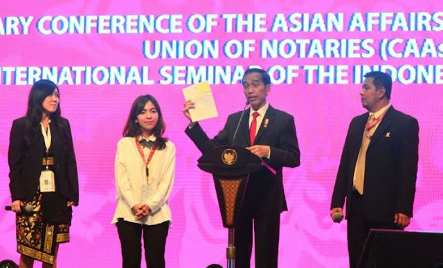 Jokowi Tegaskan Upaya Keras Pemerintah Sederhanakan Perizinan