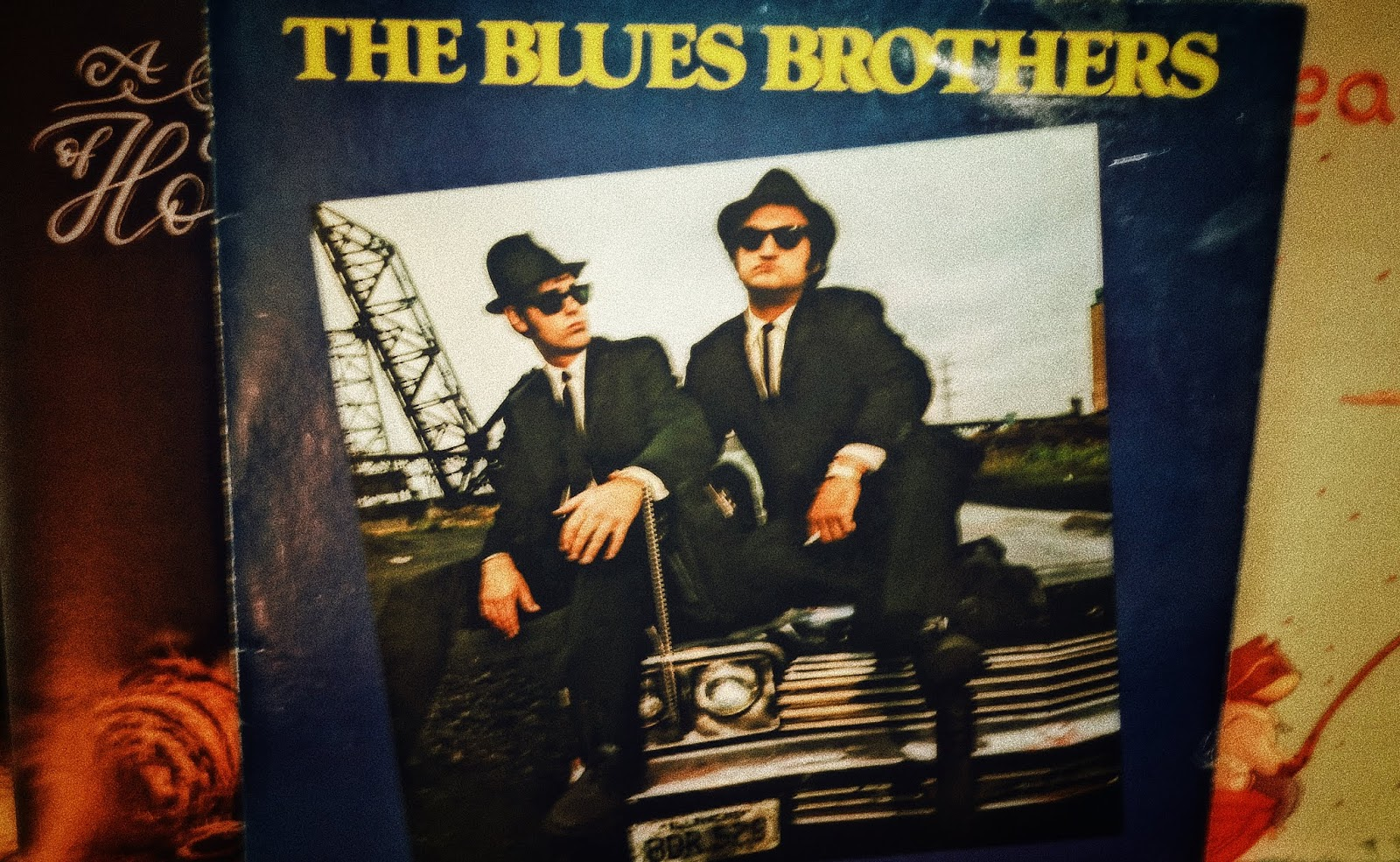 Das Blues Brothers Debüt feiert heute 41. Geburtstag | Briefcase Full of Blues | Full Album Stream