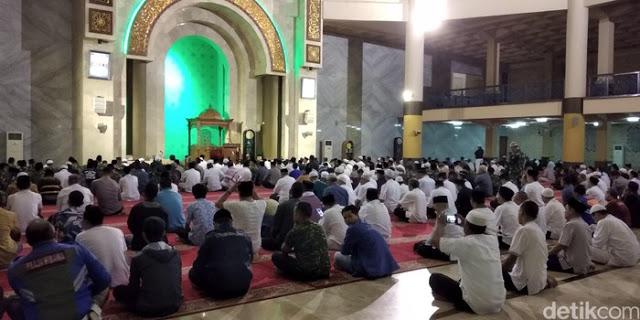 Kemenag Wacanakan Teks Khotbah Jumat di Bandung Diatur Pemerintah