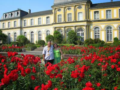Castillo de Poppelsdorf, Poppelsdorfer Schloss, Bonn, Alemania, round the world, La vuelta al mundo de Asun y Ricardo, mundoporlibre.com