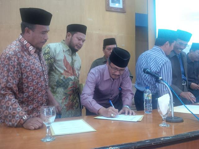 Aceh Tengah Teken Komitmen Kerja 2016