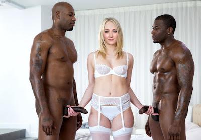 Saoirse%2BRonan%2Bnude%2Bxx%2B%25281%2529 - Saoirse Ronan Nude Sex Fake Porn Images