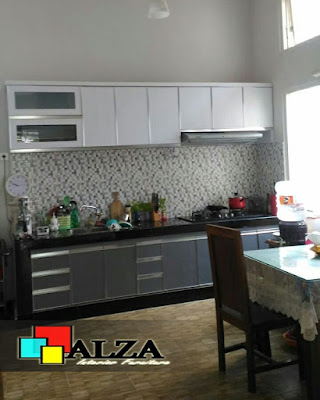Kitchen set warna putih abu abu