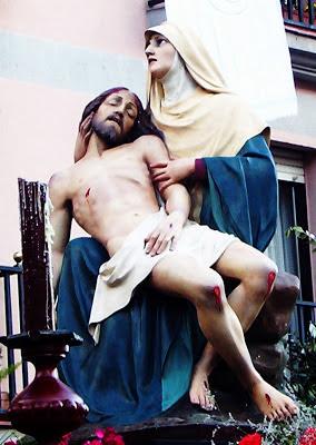 La Piedad. Procesión del Santo Cristo del Desenclavo. León. Foto G. Márquez.