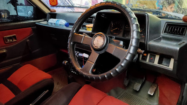 Interior Daihatsu Charade turbo