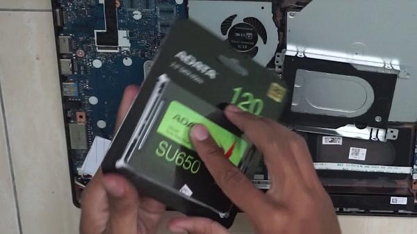 Review SSD ADATA SU650 120GB