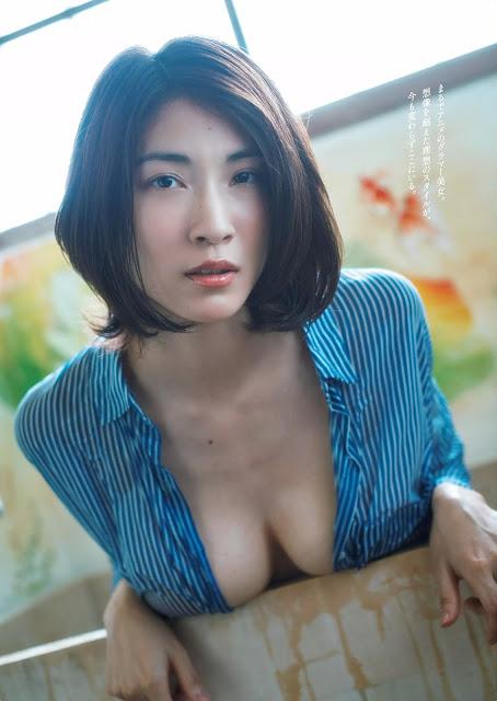 Mamoru Asana 護あさな Weekly Playboy 週刊プレイボーイ No 39-40 2016 Pics 3