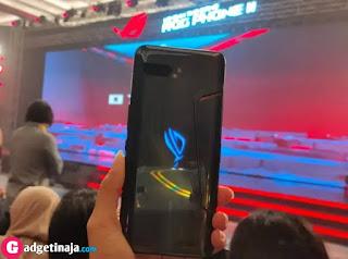 Spesifikasi Terlengkap HP Gaming Asus ROG Phone 2