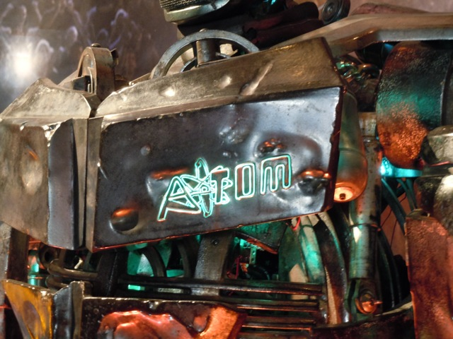 Atom robot detail Real Steel