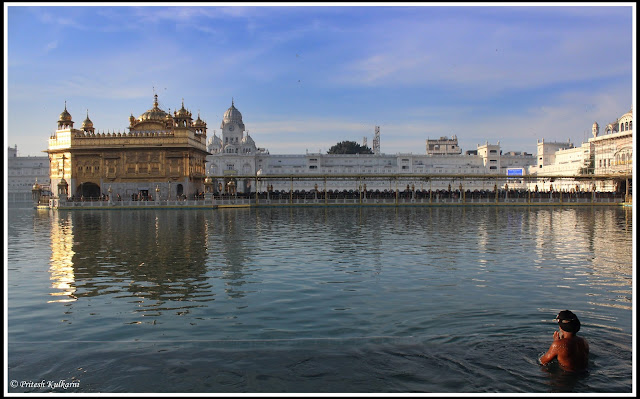 Ik Omkar....Holy bath at Golden temple, Amritsar