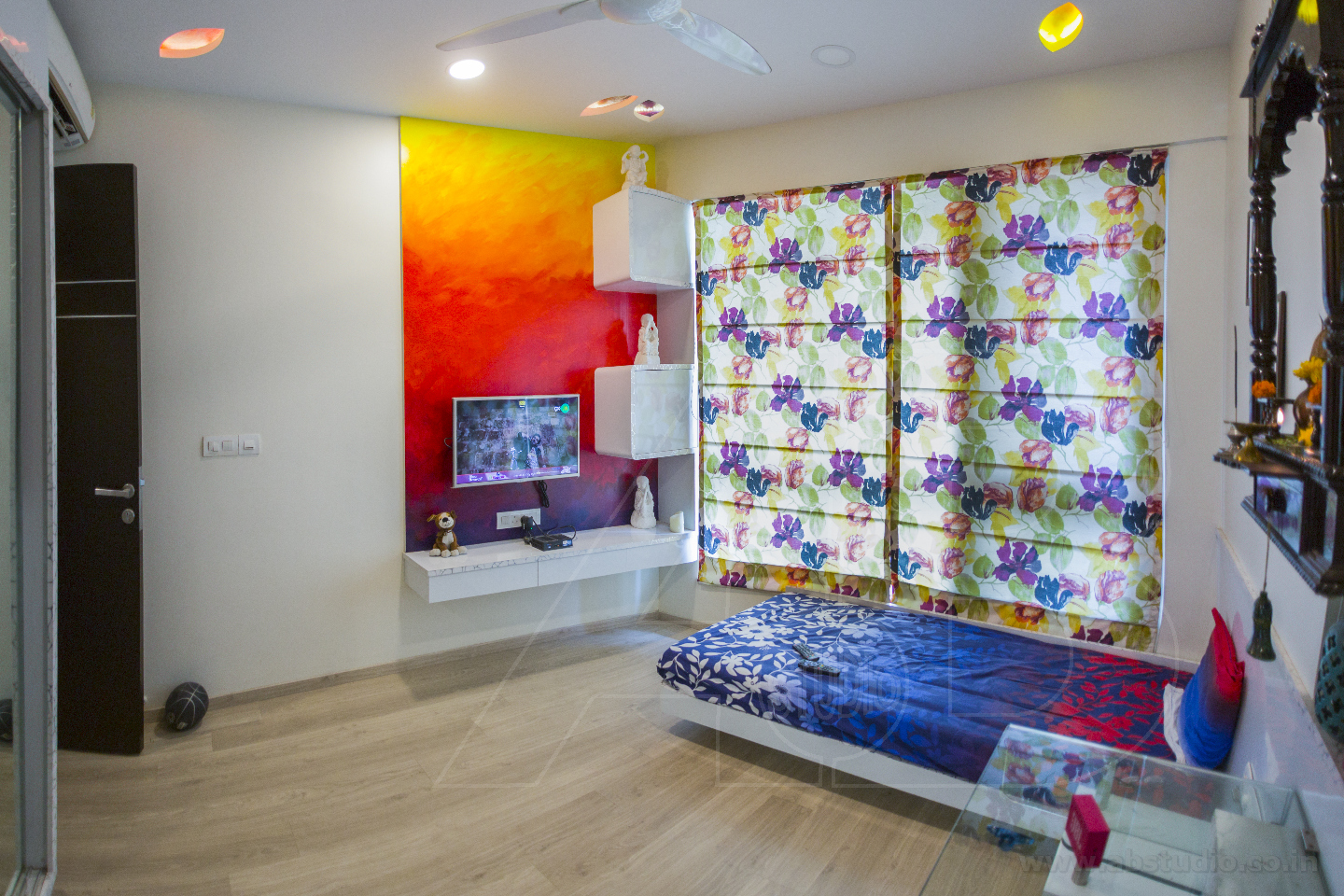 How To Select The Best Interior Designer