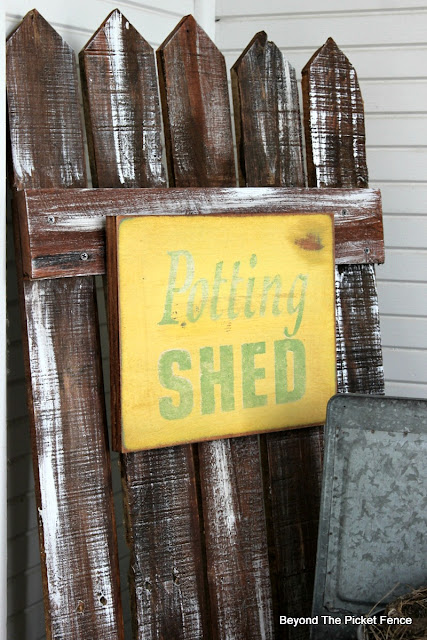 stencil a potting shed sign for spring porch decor