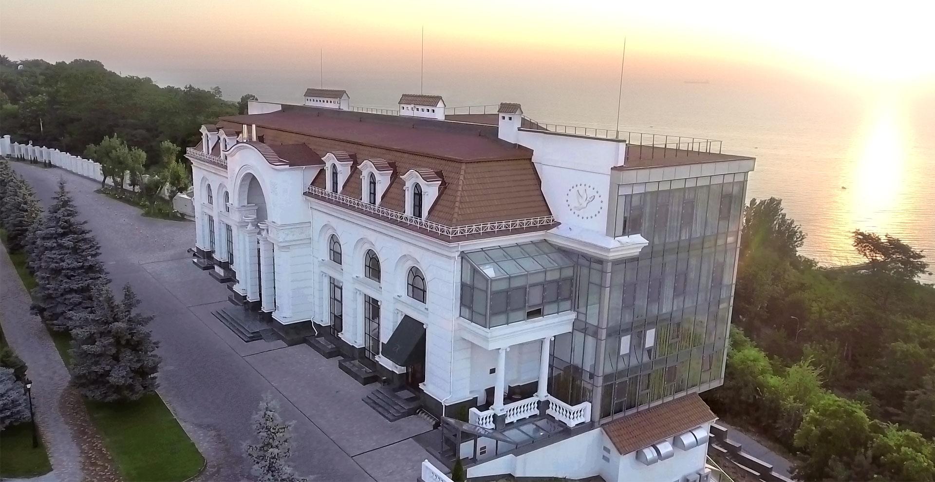 KADORR Hotel Resort Spa