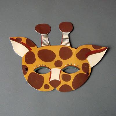 foami de  máscara de jirafa