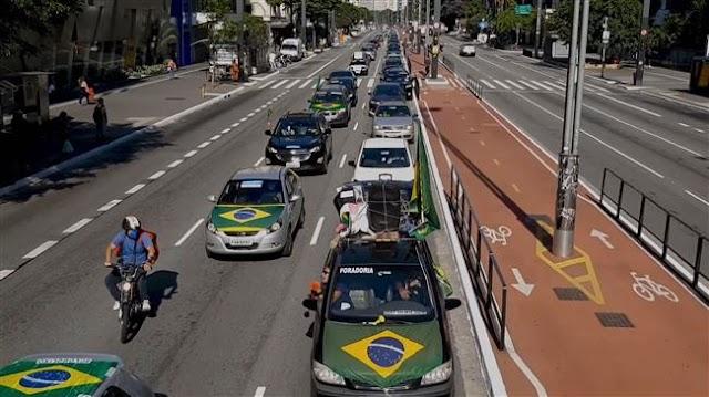 Coronavirus in Brazil: President Jair Bolsonaro supporters demand reopening of businesses in Sao Paulo