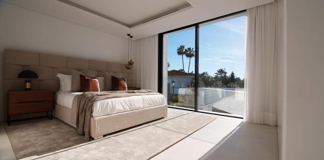24 Interior Design Photos vs. Villa Casa Laranja Marbella Tour