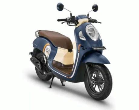 Astra Motor Kalbar dan Komunitas Honda Scoopy Ajak Masyarakat #Cari_aman