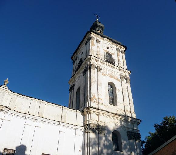 Бердичів. Костел Непорочного Зачаття Діви Марії. 1754 р. Дзвіниця