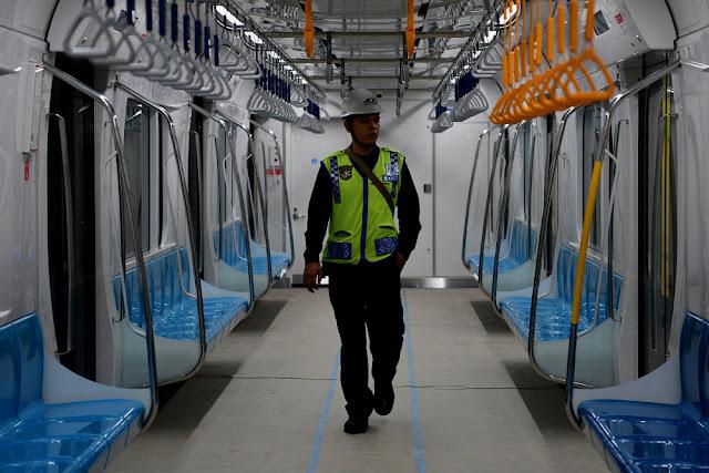 Lowongan Kerja PT Mass Rapid Transit Jakarta (MRT Jakarta) Jobs: Maintenance Staff, Train Driver, Security Support Staff, Etc