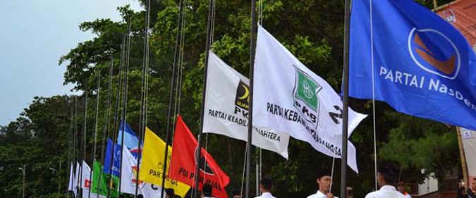 Badan Pusat Statistik (BPS) Provinsi Maluku mencatat Indeks Demokrasi Indonesia (IDI) Maluku pada 2015 sebesar 65,90 dari skala 0 sampai angka 100,berarti mengalami penurunan 6,82 poin dibandingkan dengan 2014 yang mencapai 72,72.