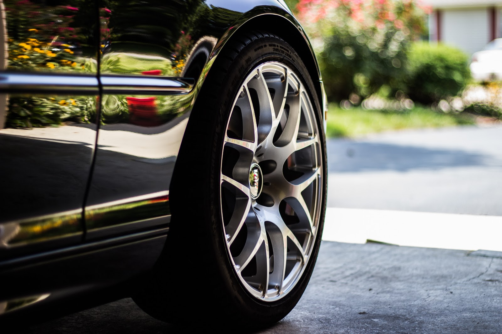 , Tyre Care:  5 Reasons to Choose a Local Tyre Expert